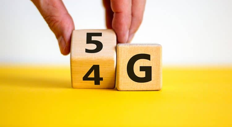 Blocks representing the transition from 4G to 5G